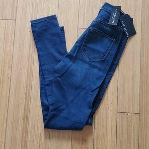 NWT Fashion Nova Classic dark denim jeans